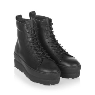 Gram 767g Black Leather boots